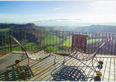 "Terrace of Casa ""I Rustici"" in Civitella d'Agliano with view of the Tiber Valley"